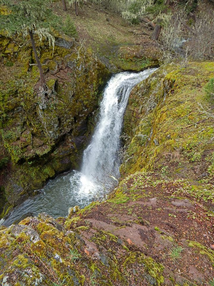 Bybee Gultch and Lost Falls in Southern Oregon