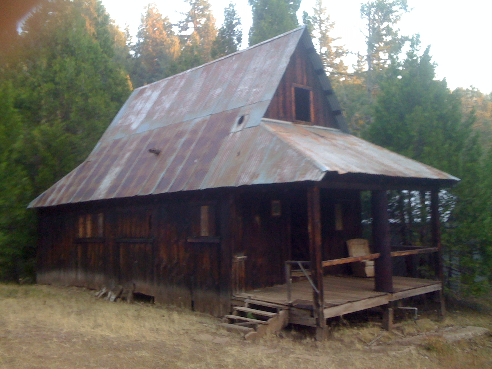 Jefferson Power-Line Cabin - Soda Mountain Wilderness